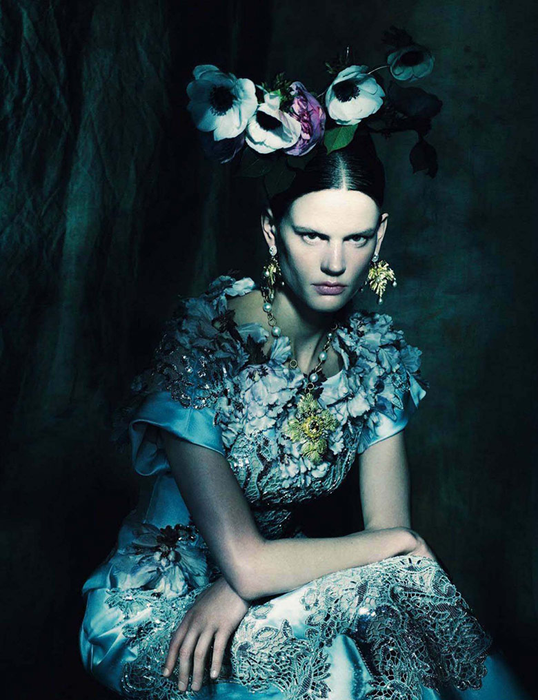 Photo Saskia de Brauw by Paolo Roversi for Vogue Italia March 2014