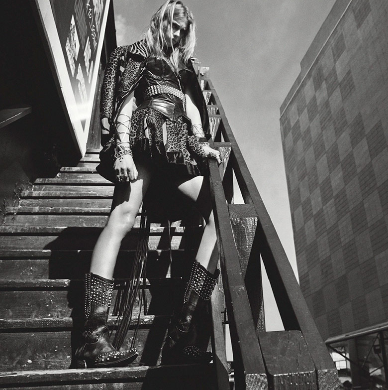 Photo Sigrid Agren takes on the 21st century cowgirl for Numéro Magazine