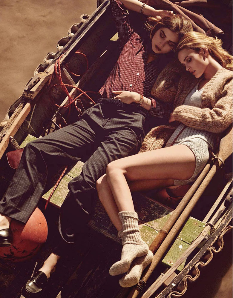 Photo Andreea & Edita in a sun kissed friendship for Vogue Paris