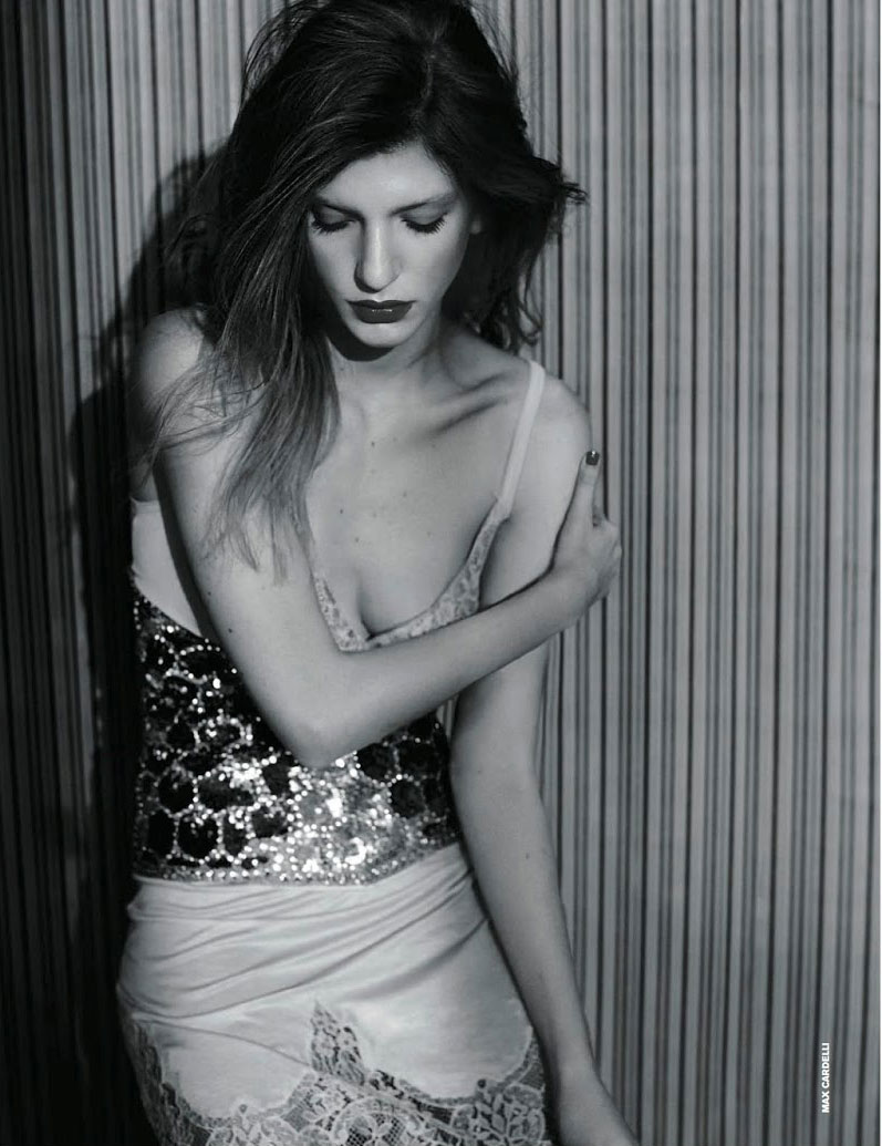 Photo Caterina Ravaglia in seductive glam for D La Repubblica April 2014