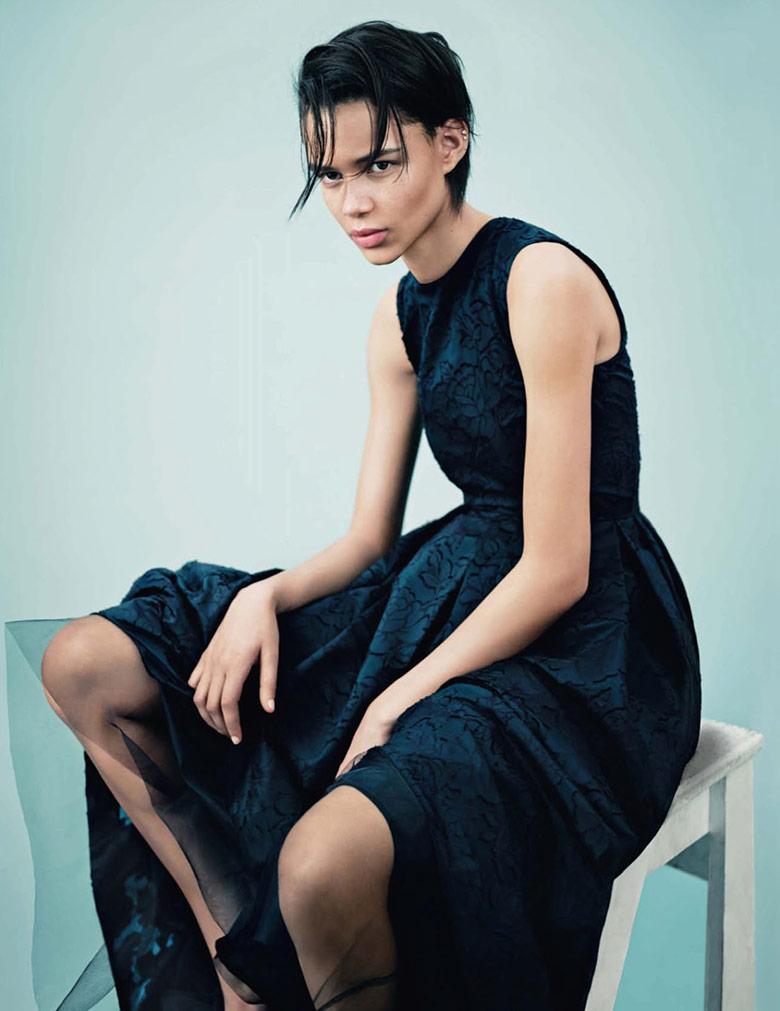 Photo Vogue UK May 2014 presents newcomer Binx Walton
