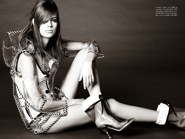 Photo Lexi Boling goes Plastic fantastic for Steven Meisel's Vogue Italia spread