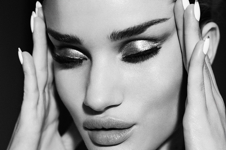 Photo Rosie Huntington Whiteley by Emma Summerton for Violet Grey June 2014