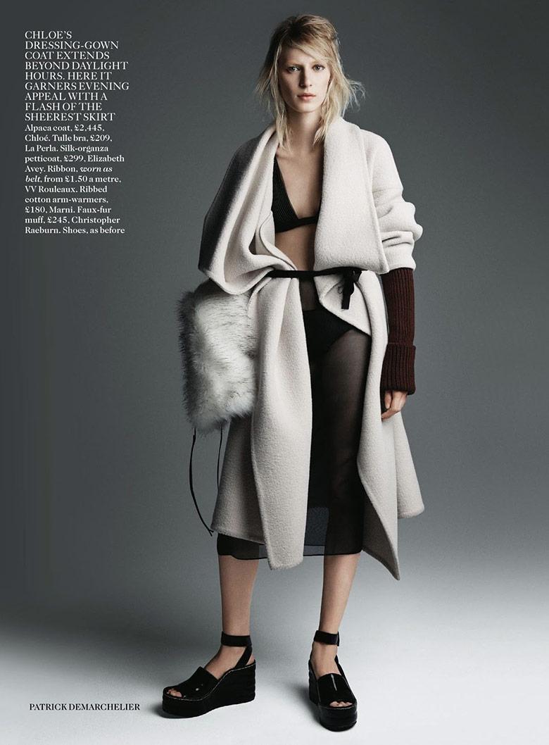 Photo Julia Nobis by Patrick Demarchelier for Vogue UK August 2014