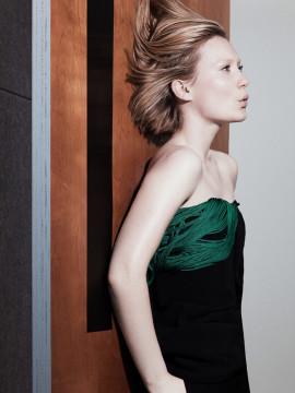 mia-wasikowska-interview-magazine-august-2014-6