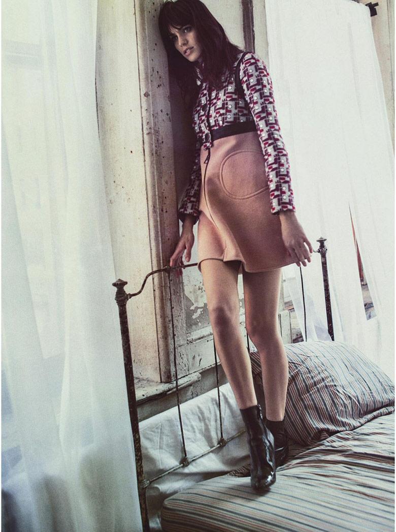 Photo Amanda Wellsh by Sebastian Kim for Vogue Australia September 2014