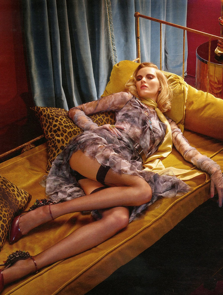 daria-strokous-roe-ethridge-w-magazine-september-2014-3