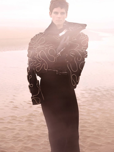 saskia-de-brauw-solve-sundsbo-vogue-china-september-2014-12