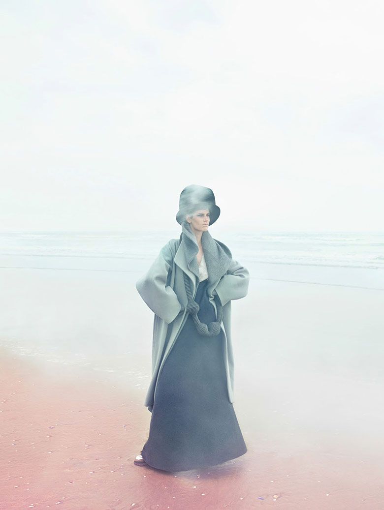 Photo Saskia de Brauw by Solve Sundsbo for Vogue China September 2014