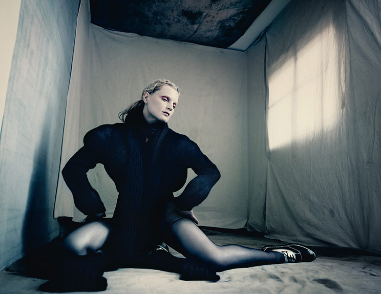 Photo Guinevere van Seenus by Paolo Roversi for Dazed Fall 2014