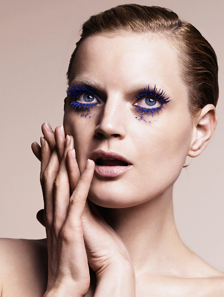 Photo Guinevere van Seenus by Marcus Ohlsson for Vogue Japan December 2014