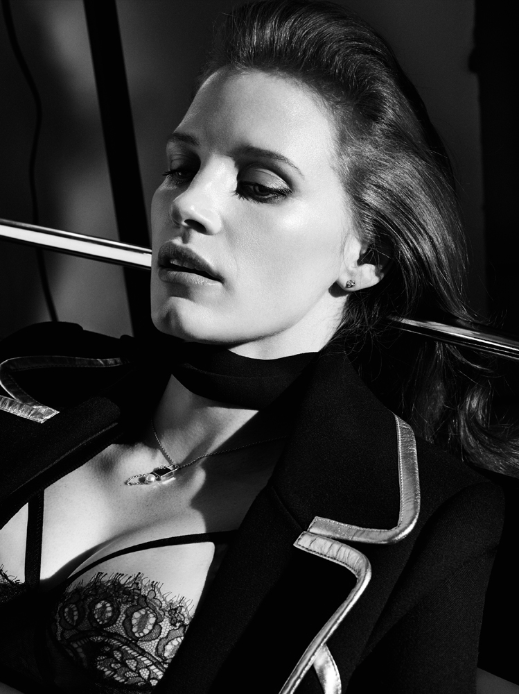 Photo Jessica Chastain by Craig McDean for Interview Magazine October 2014