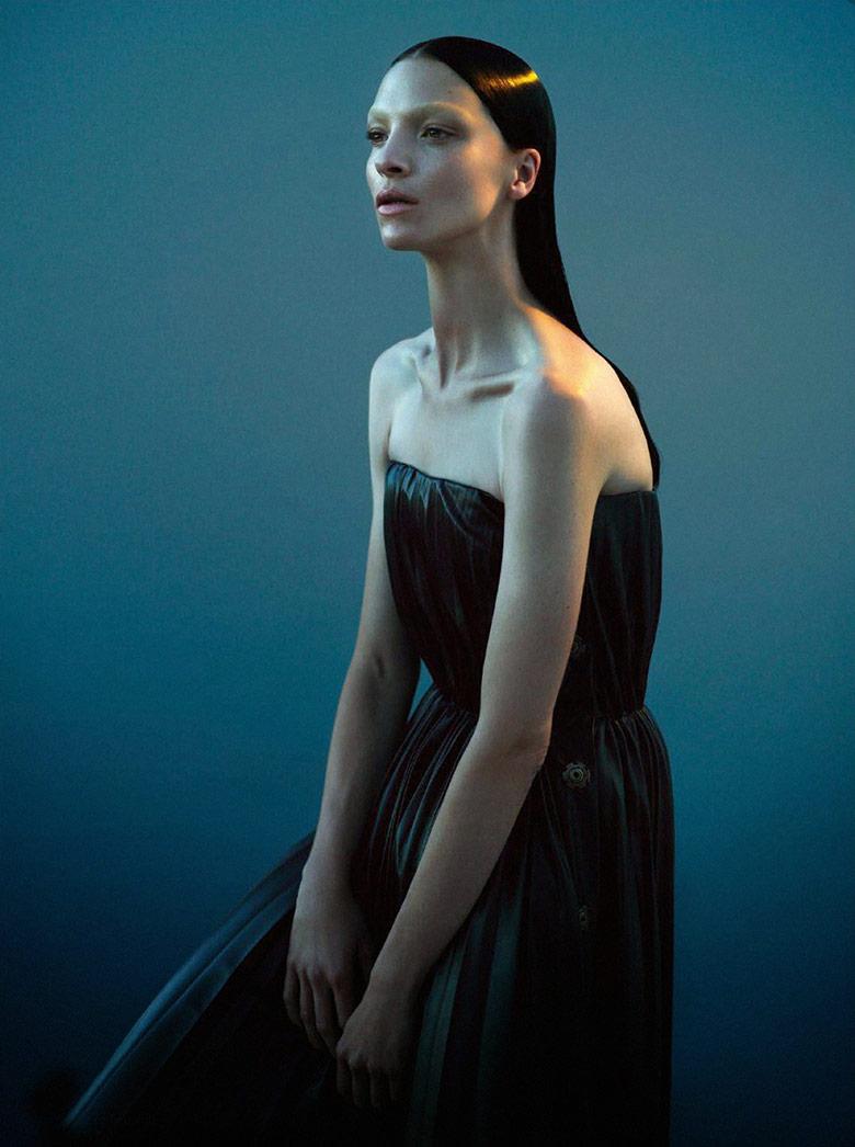 Photo Mariacarla Boscono by Mert & Marcus for Vogue Paris November 2014