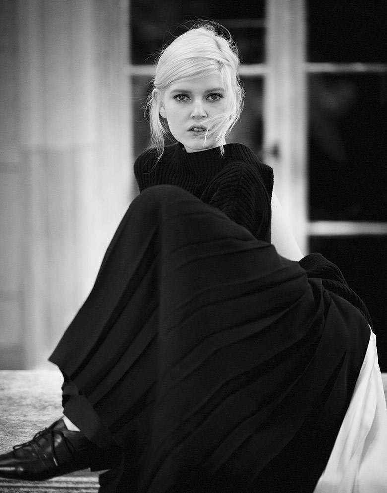 Photo Ola Rudnicka by Boo George for Vogue China November 2014