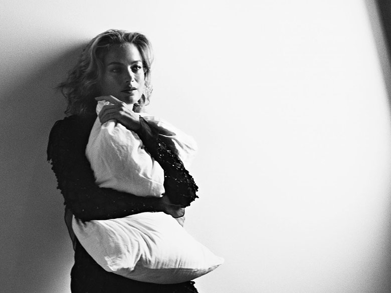 Photo Carolyn Murphy for Vogue Italia November 2014