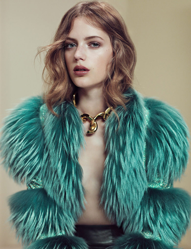 Photo Esther Heesch by Elena Rendina for Numero November 2014