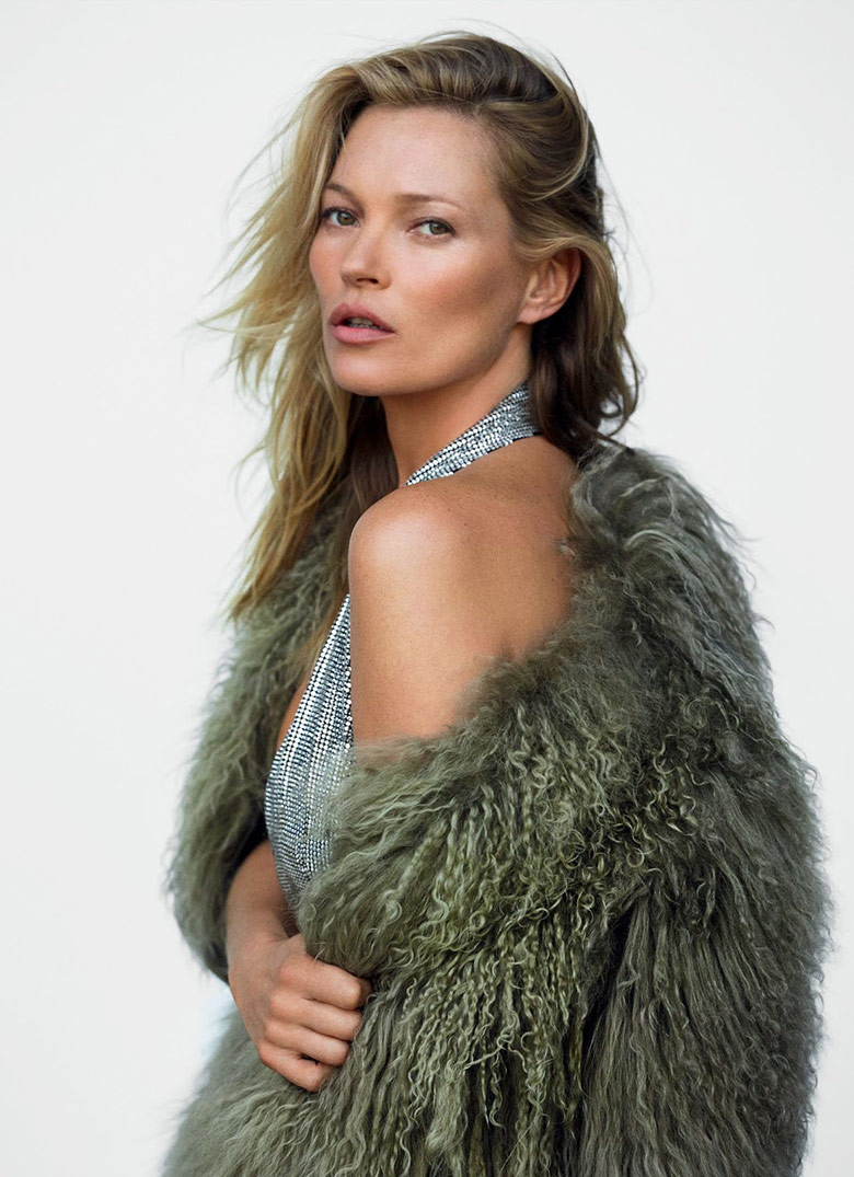 Photo Kate Moss by Mario Testino for Vogue UK December 2014