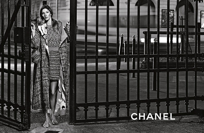 Photo Gisele Bundchen by Karl Lagerfeld for Chanel S/S 2015