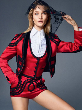 rosie-huntington-whiteley-elle-uk-february-2015-2