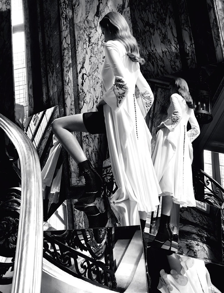 Photo Alisa Ahmann by Camilla Akrans for Dior Magazine 9