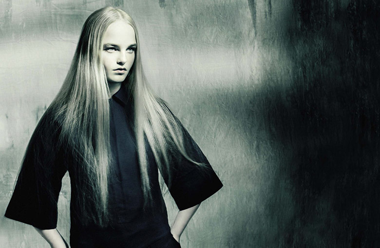 Photo Jean Campbell by Paolo Roversi for Vogue Italia February 2015