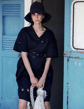 janice-seinen-alida-vogue-australia-april-2015-4
