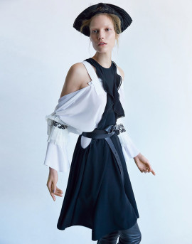 suvi-koponen-patrick-demarchelier-vogue-china-april-2015-13