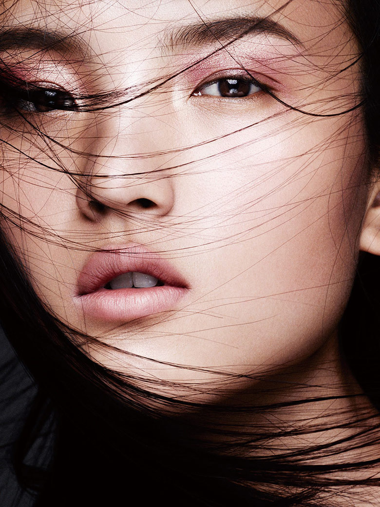 Photo Ji Hye, Kouka, Tian, Karmay, Lu & Sora for Vogue China May 2015