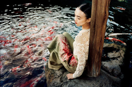 rila-fukushima-vogue-japan-june-2015-7
