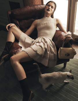 julia-van-os-lachlan-bailey-vogue-china-june-2015-5