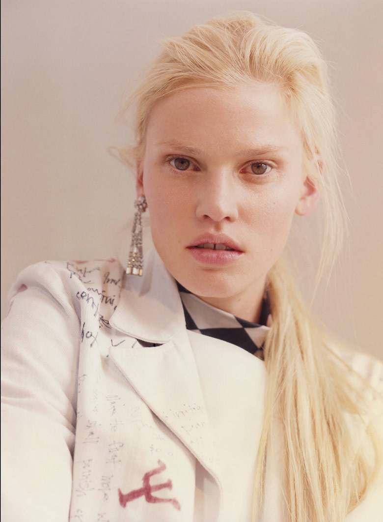 Photo Lara Stone by Harley Weir for V Summer 2015