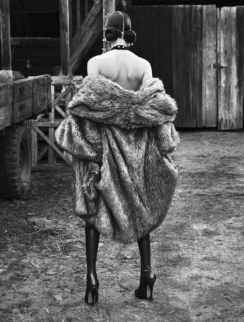 Photo Fei Fei Sun by Mert & Marcus for Vogue Italia June 2015