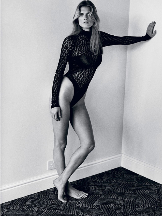 Photo Malgosia Bela by Alasdair McLellan for i D Summer 2015
