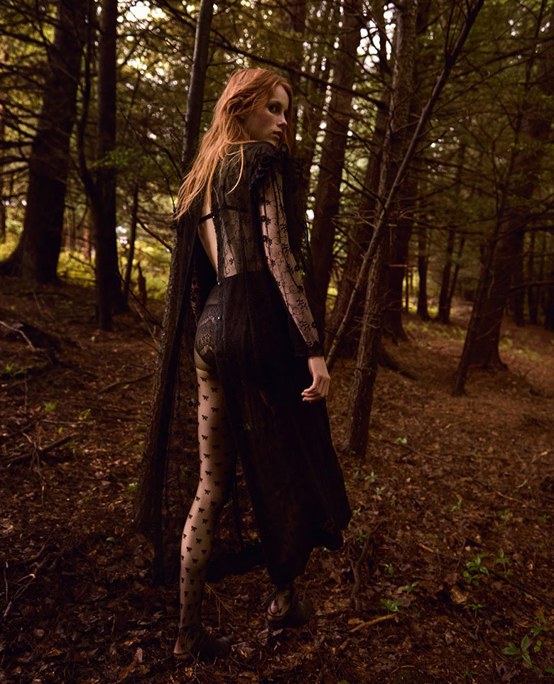 Photo Rianne Van Rompaey by Craig McDean for Vogue UK September 2015