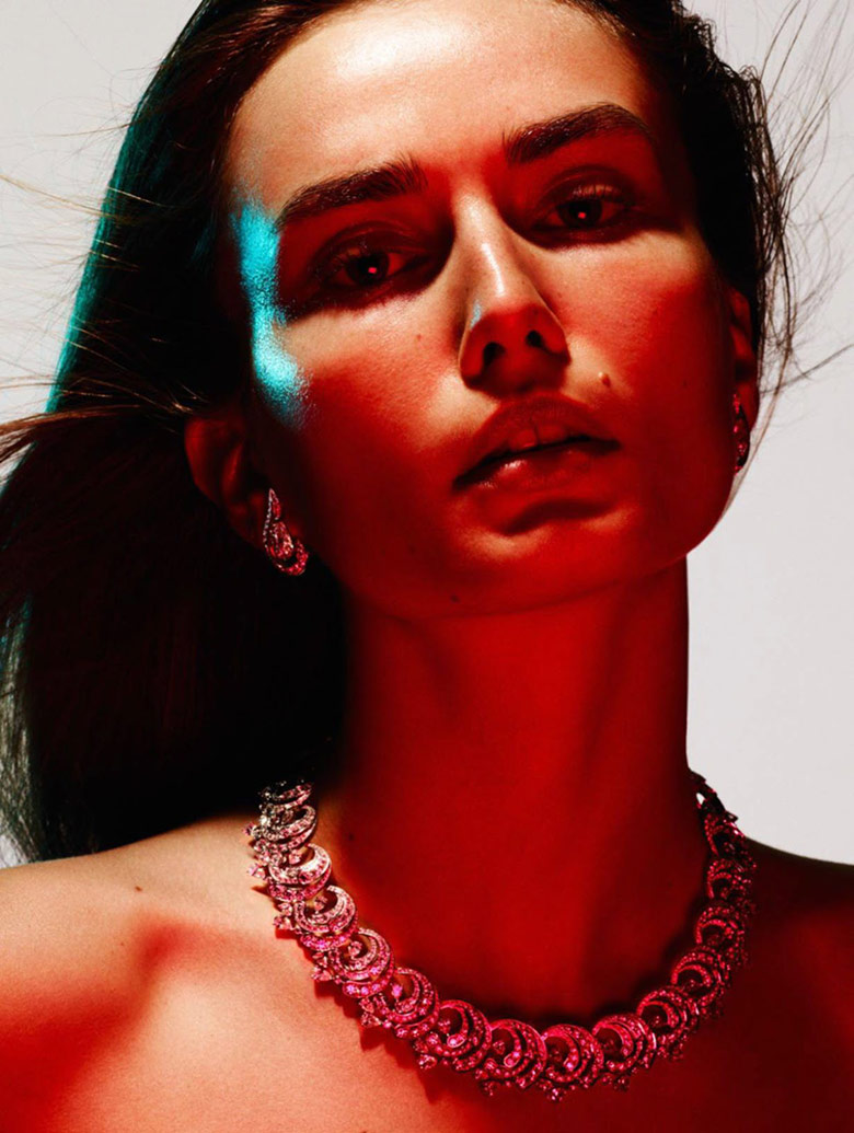 Photo Andreea Diaconu by Ben Hassett for Vogue Paris October 2015