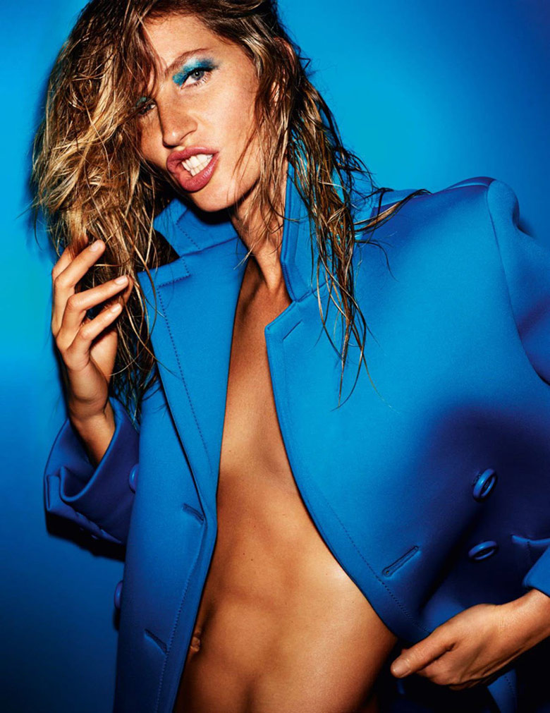 Photo Gisele Bundchen by Mario Testino for Vogue Paris October 2015