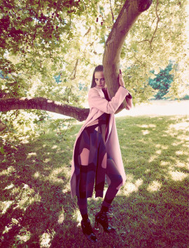 ine-neefs-camilla-akrans-dior-magazine-fall-2015-3