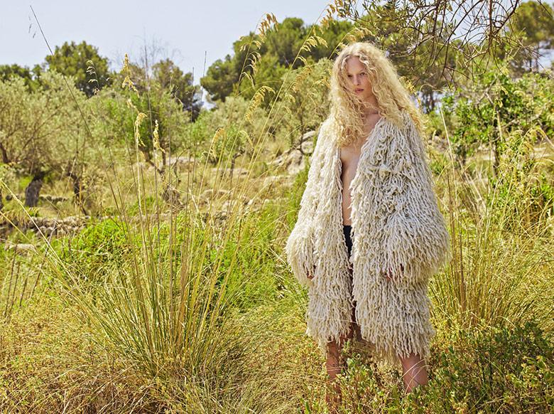 julia-bergshoeff-frederikke-falbe-rianne-van-rompaey-m-le-monde-september-2015-3