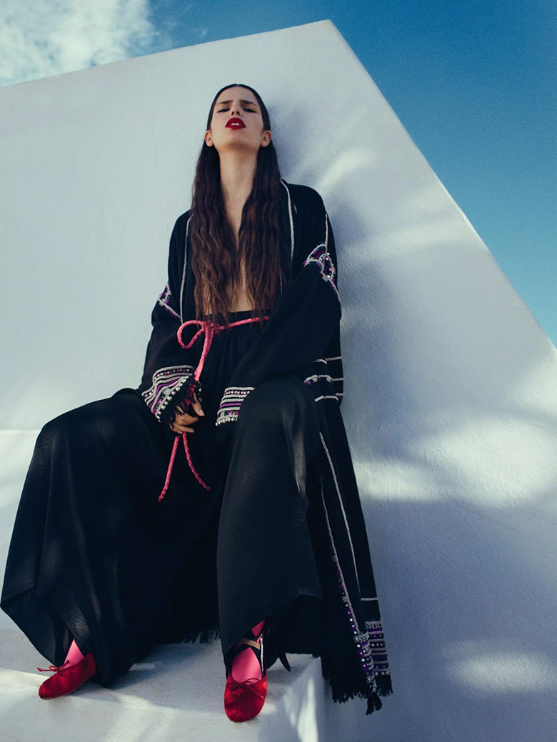 Photo Hayett McCarthy by Txema Yeste for Numero February 2016
