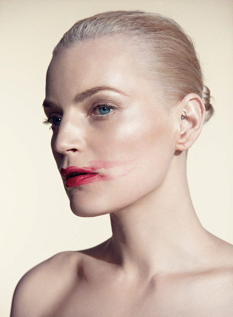 Photo Guinevere van Seenus for Harper's Bazaar Japan April 2016