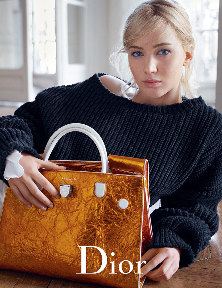 jennifer-lawrence-dior-handbags-springsummer-2016-1