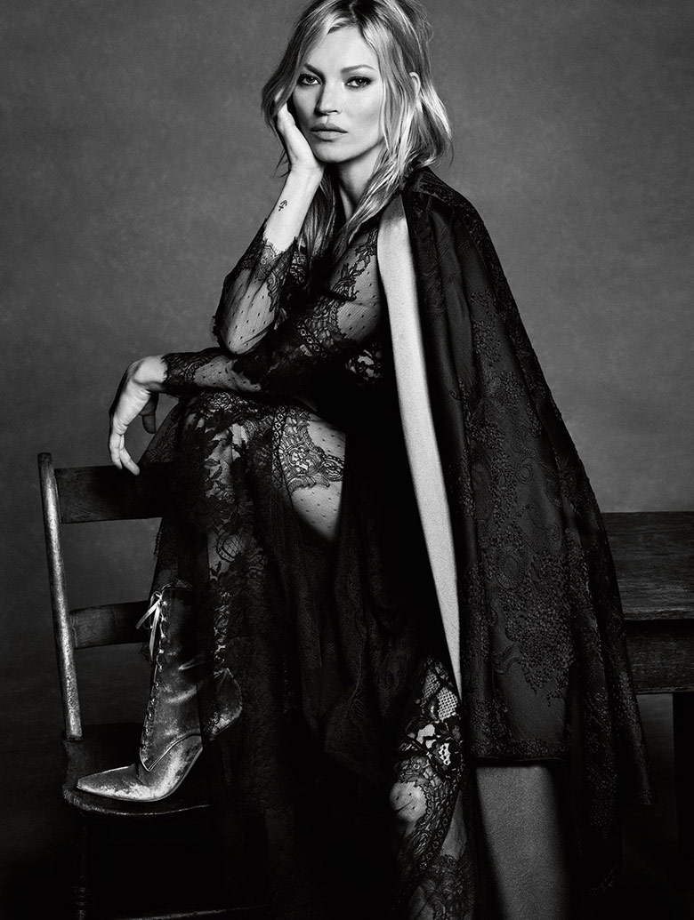 kate-moss-luigi-iango-alberta-ferretti-fall-winter-16-17-6
