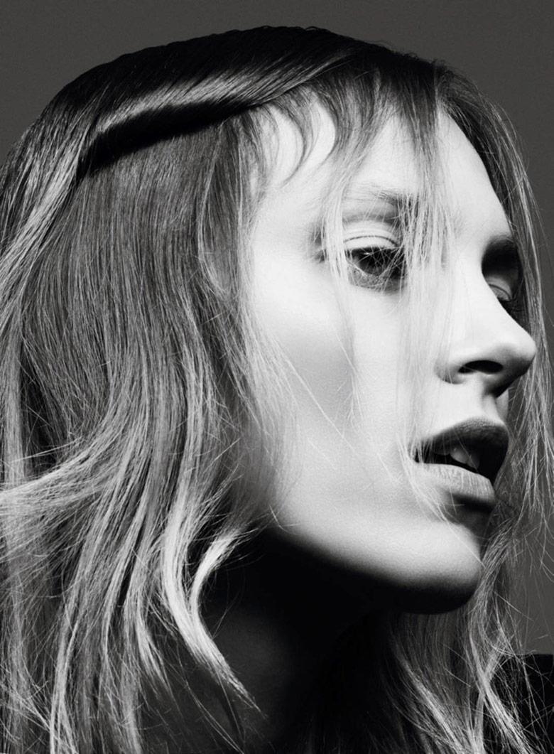 Photo Anja Rubik by Ben Hassett for Vogue Paris September 2016