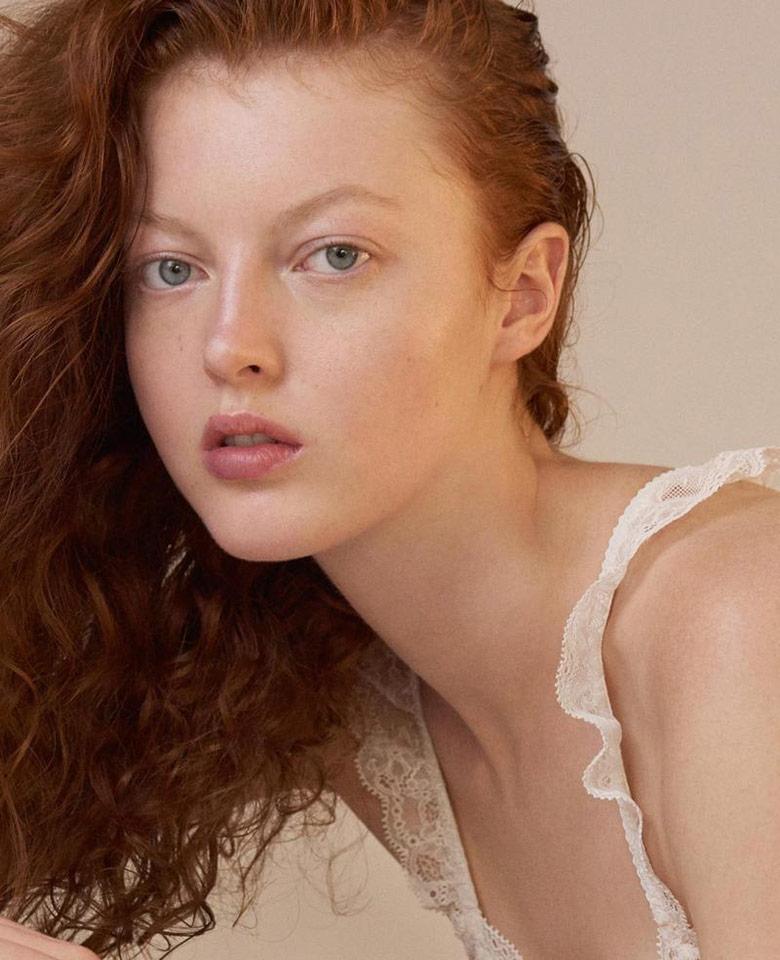 Laura Hanson Nude Photos 90