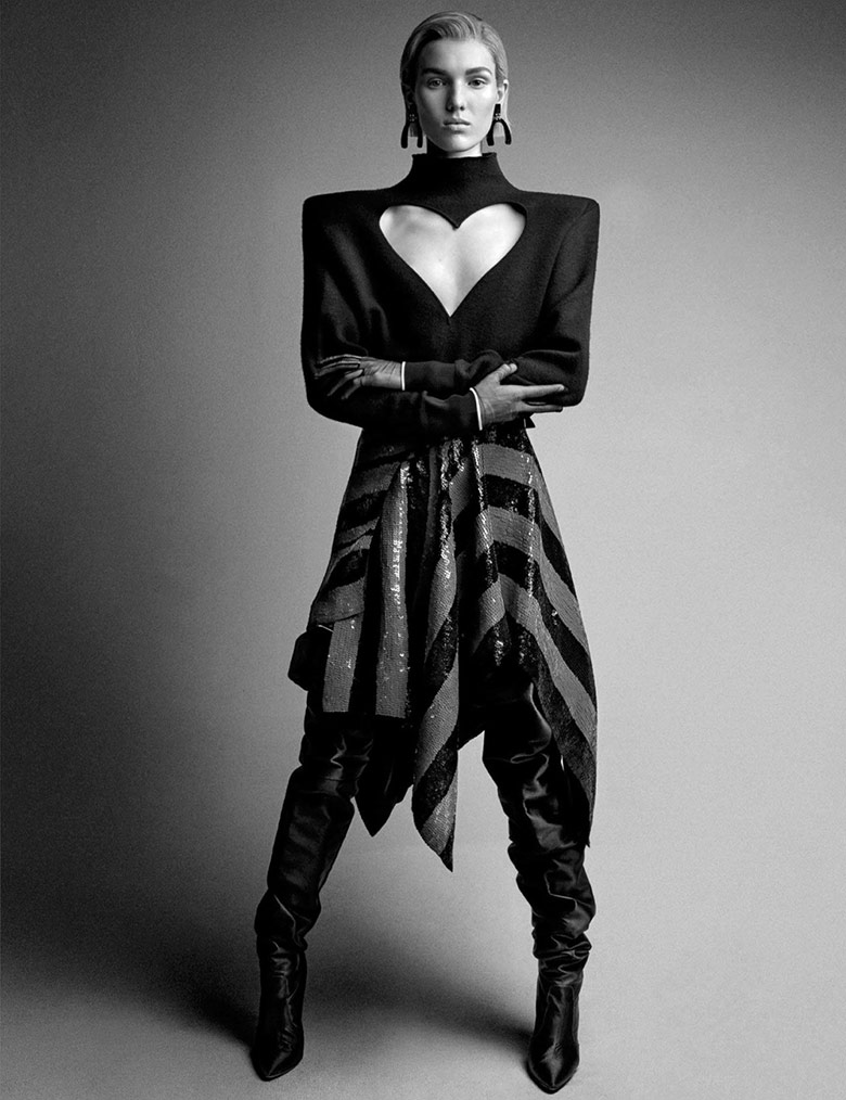 Photo The New Strong by Patrick Demarchelier for Interview Magazine January 2017