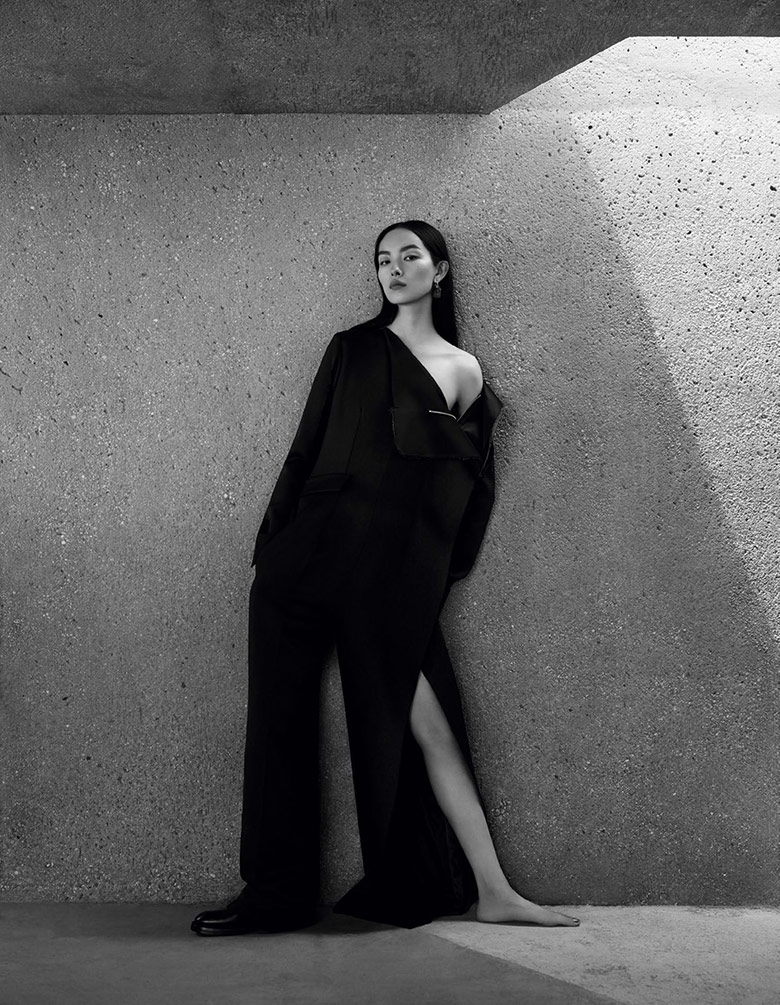 Photo Fei Fei Sun by Ben Toms for Vogue China December 2016
