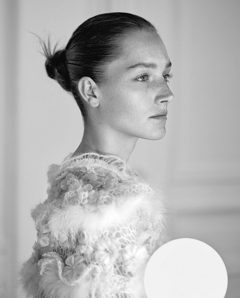 Photo Josephine Le Tutour by Daniel Riera for Flair