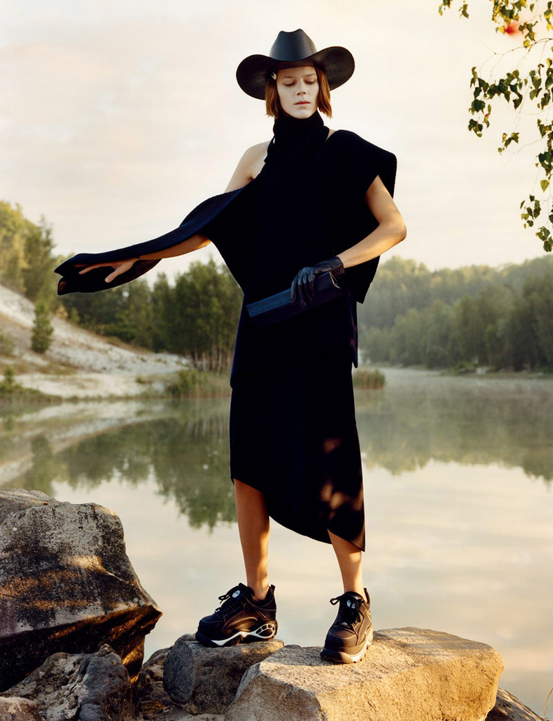 Photo Freja Beha Erichsen for Vogue UK December 2018