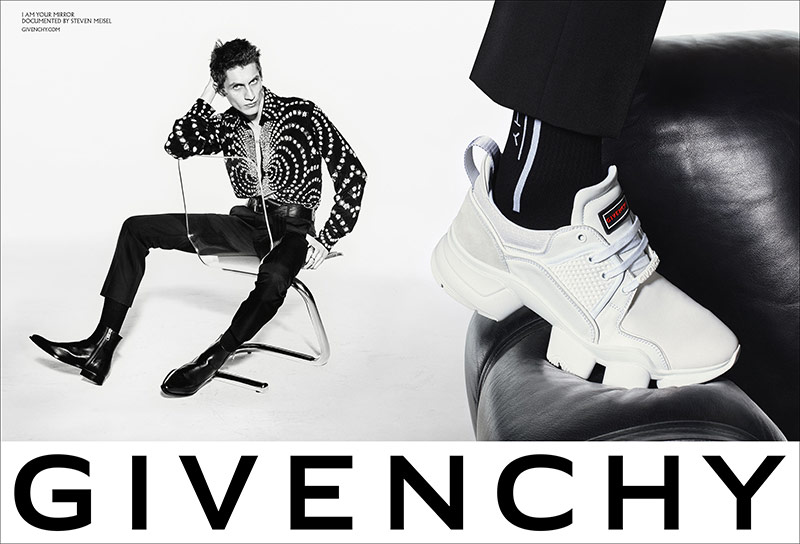 Photo Givenchy S/S 2019 by Steven Meisel