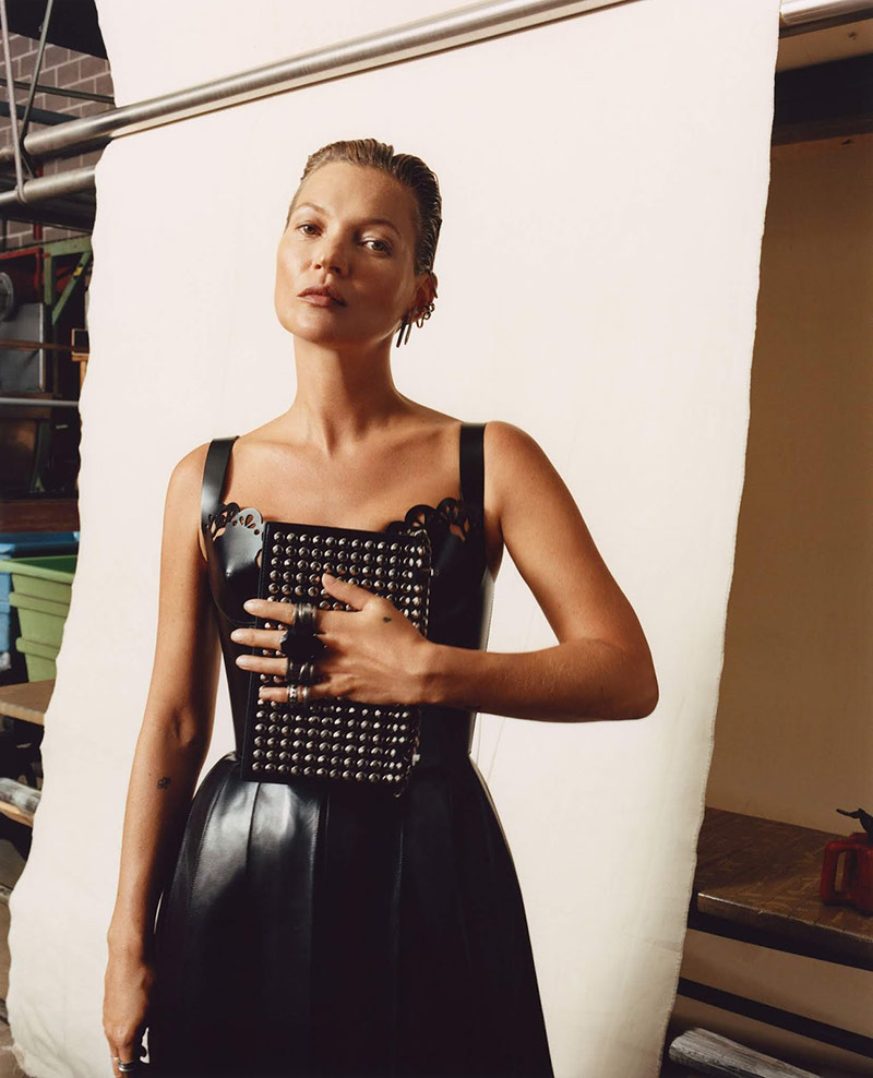 Photo Kate Moss for Alexander McQueen for F/W 2019